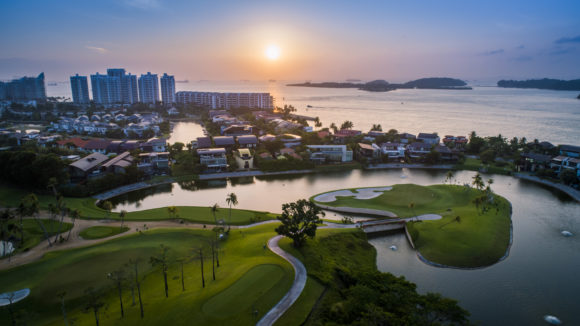 The Stunning 17Th On Sentosas New Tanjong Course Hr