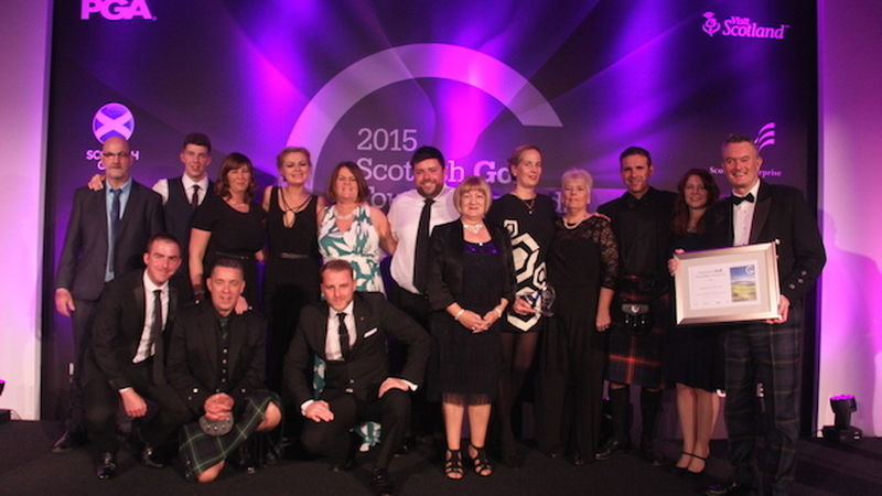 2015 11 Kingsbarns Golf Links Team Celerates Scottish Golf Tourism Awards Win