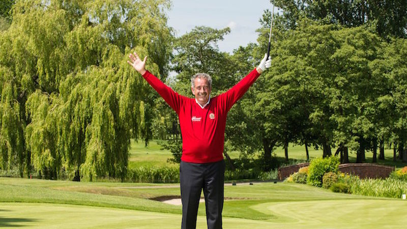 2015 08 Sam Torrance Recreates His Iconic Celebration From 1985 After He Holed The Winning Putt For Europe In The Ryder Cup At The Belfry