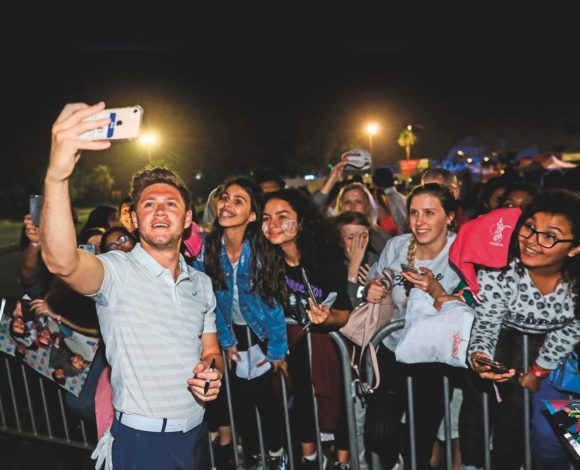 Niall Horan With Fans