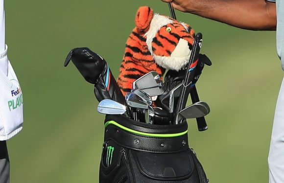 WITB: The clubs that helped Tiger Woods end his winless drought
